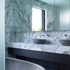 Contemporary Bathroom by Steve Domoney Architecture