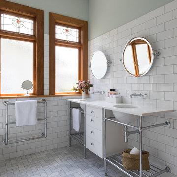 Epsom Bungalow - Bathroom