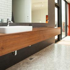 Modern Bathroom by Whitney Lyons