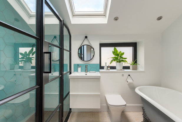 Contemporary Bathroom by SS4 Architects Ltd