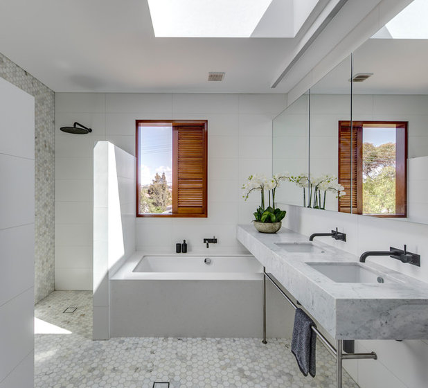 Contemporary Bathroom by Roth Architecture