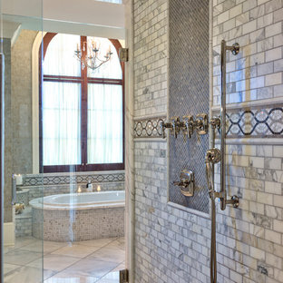 Design ideas for a traditional bathroom in Other.