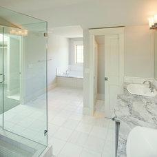 Traditional Bathroom by Stephens Fine Homes Ltd