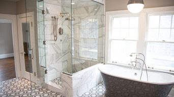 Expansive Master Bathroom
