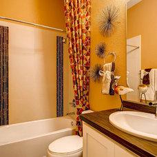 Contemporary Bathroom by Wonderland Homes