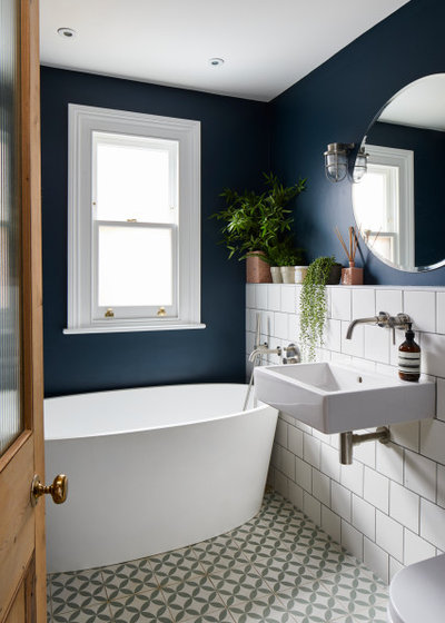 Contemporary Bathroom by Creative Space Design and Build Ltd