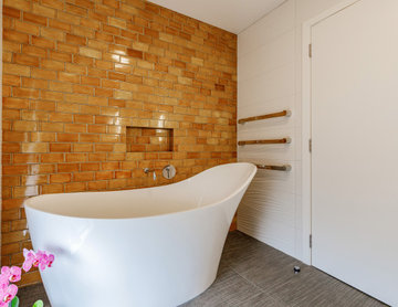 Exuding Relaxation - 'Her' Bathroom