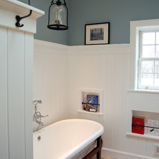 Traditional Bathroom by Laura Vlaming | Arkiteriors