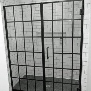 Fairfield, Iowa - Modern Farmhouse Bathroom