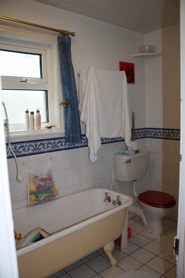 Family Bathroom Renovation Terenure BEFORE