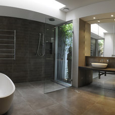 Contemporary Bathroom by VMDesign