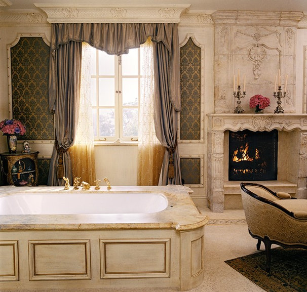 Traditional Bathroom by Just Joh