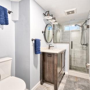 Inspiration pour une petit salle de bain rustique avec un placard avec porte à panneau encastré, des portes de placard en bois brun, un WC séparé, un carrelage gris, un lavabo encastré, un plan de toilette en cuivre, un sol gris, une cabine de douche à porte battante, un plan de toilette blanc, une niche, meuble simple vasque et meuble-lavabo sur pied.