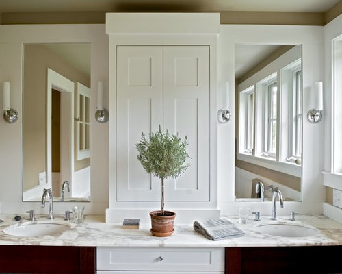 Double Vanity Towers Houzz - Double sink vanity with center cabinet