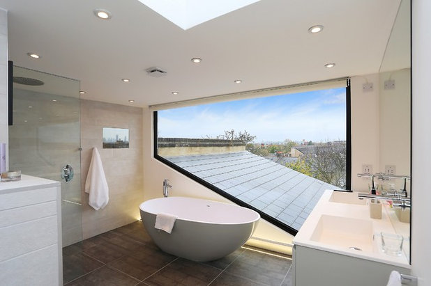 Contemporary Bathroom by Plus Rooms
