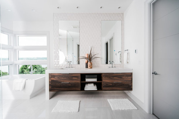 Contemporary Bathroom by Remont Construction