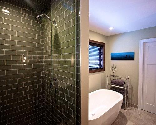 badezimmer mit betonboden und metrofliesen design ideen beispiele f r die badgestaltung. Black Bedroom Furniture Sets. Home Design Ideas