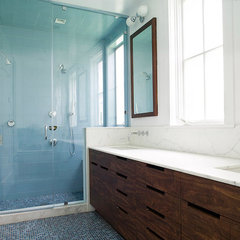 modern bathroom by Feldman Architecture, Inc.
