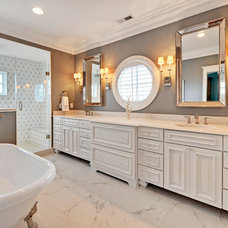Beach Style Bathroom by Echelon Custom Homes