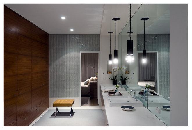 Modern Bathroom Fieldview