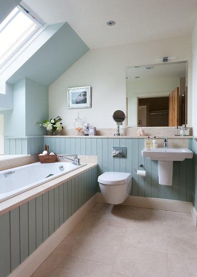 Coastal Bathroom by Robertson Lindsay Interiors