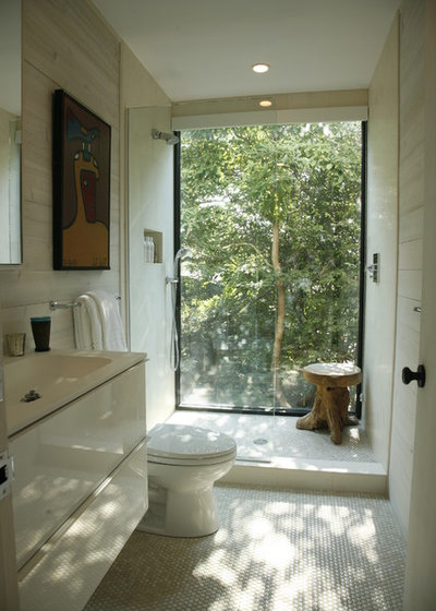 Coastal Bathroom by Eddie Lee Inc.