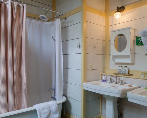 Clawfoot Tub Bathroom Ideas, Pictures, Remodel and Decor