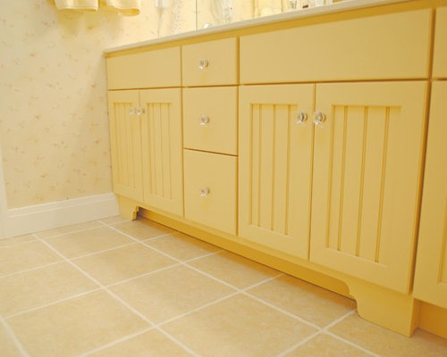 Beach Style Bathroom Design Ideas Renovations Photos With Yellow Cabinets