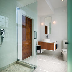 contemporary bathroom by Sandvold Blanda Architecture + Interiors LLC