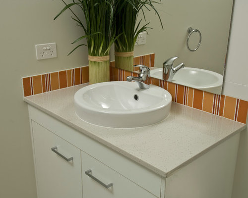 Best Bathroom With Terra Cotta Floors And Orange Tile Design Ideas Remodel Pictures Houzz