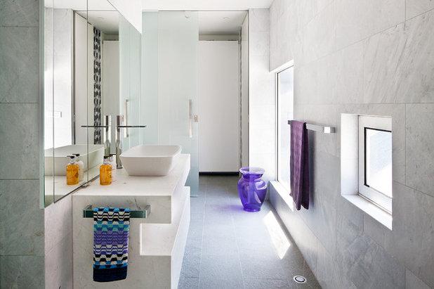 Contemporary Bathroom by Ducon Pty Ltd
