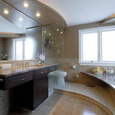 Contemporary Bathroom by Luxurious Living Studio Inc.