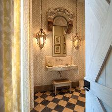 Mediterranean Bathroom by Solaris Inc.