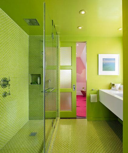 Modern Bathroom by Min | Day Architects