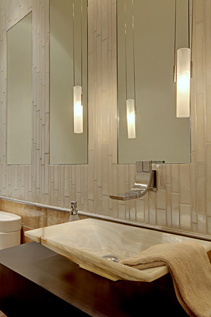 Contemporary Bathroom by McClellan Architects