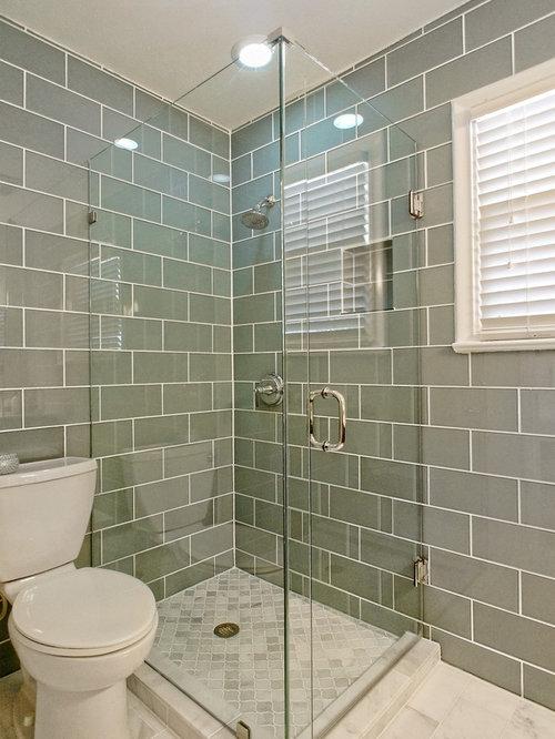 Bagno shabby chic style con piastrelle a mosaico foto idee e immagini - Doccia a pavimento mosaico ...