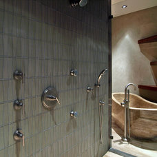 Contemporary Bathroom by Pinnacle Architectural Studio