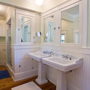 Example of a classic bathroom design in Raleigh with a pedestal sink