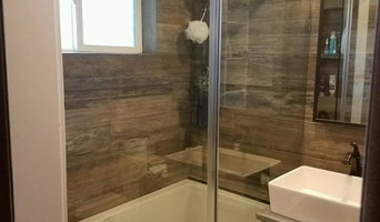 Frameless barn door tub glass