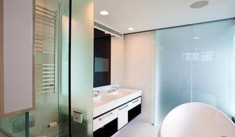 Frameless Shower Screens made from Opaque Glass