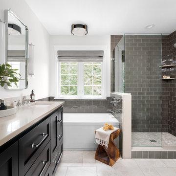 Freiberg Drive Master Bathroom