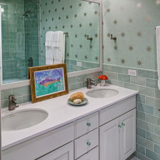 Traditional Bathroom by SPACE Architects + Planners