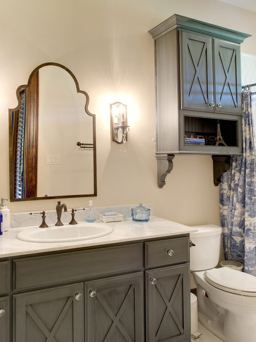Benedettini cabinets home design ideas pictures remodel and decor for Bathroom remodeling college station tx