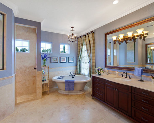 Houzz – French Country Bathrooms