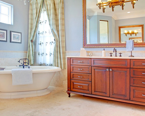French country bathroom houzz for Country bathroom ideas photo gallery