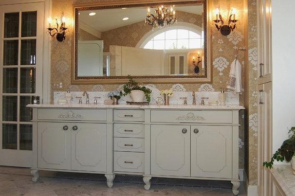 Traditional Bathroom by Sheila Mayden Interiors