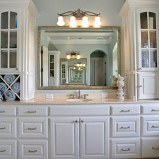 Traditional Bathroom by Glendarroch Homes