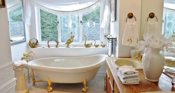 Traditional Bathroom Frenchflair