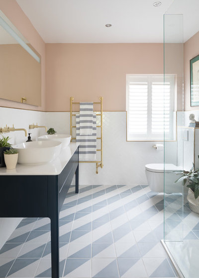 Coastal Bathroom by Emma Merry Styling