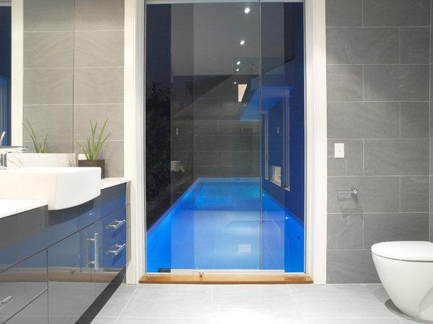 Modern Badezimmer by Royston Wilson Design